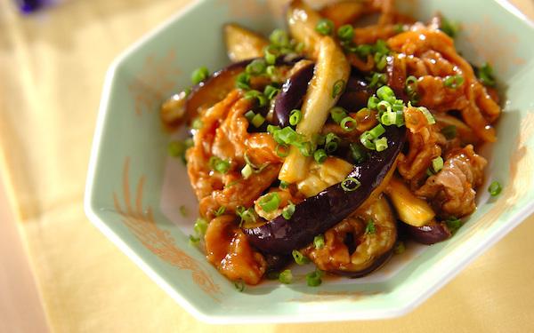 冷蔵庫の残り野菜も使える、トロトロナス麻婆