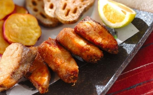 お弁当のおかずにもなる! サクッとした食感のカツオの竜田揚げ