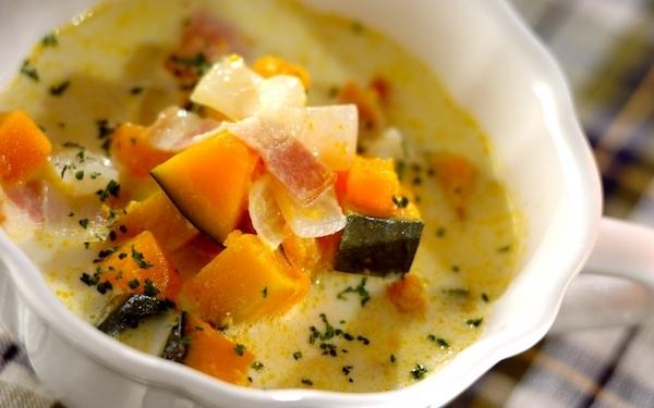 子どもが大好きな味、カボチャのミルクスープ