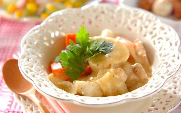 やさしい味わいが魅力! 里芋のコーンシチュー