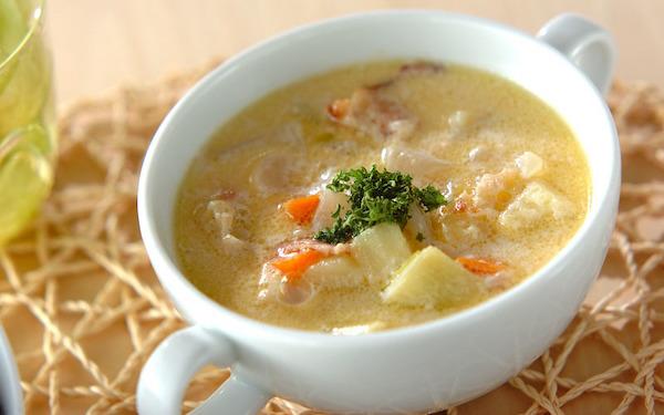 しっかりとした味わい、クリーミーな野菜のミルクスープ