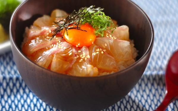 自宅で豪快な味を堪能できる「宇和島風鯛飯」