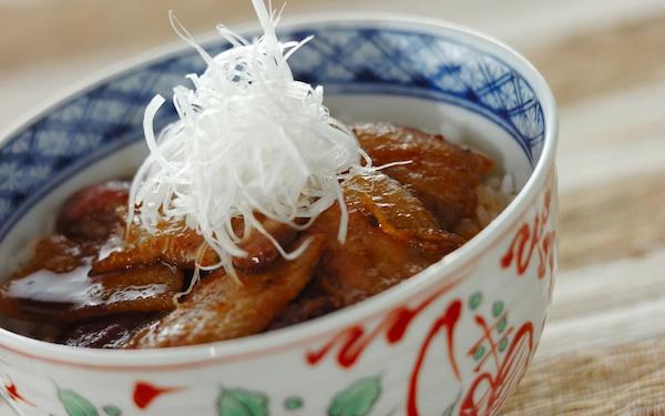 ガツンとくる美味しさ! 十勝風スタミナ豚丼