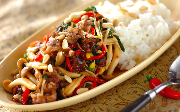 スタミナ満点! ご飯がどんどん進む野菜たっぷりプルコギご飯