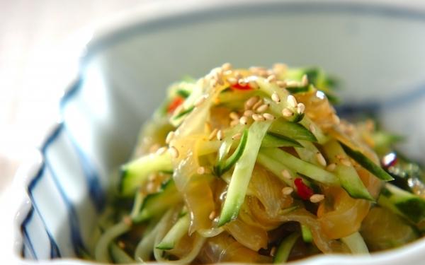簡単に作れるひんやり副菜ならコレ! 「中華クラゲの和え物」