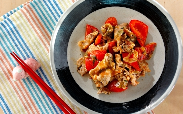 梅のクエン酸、豚肉のビタミンB群で夏バテを防げる「豚肉の大葉梅炒め」