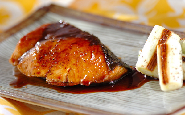 バターが隠し味に、ご飯との相性抜群な「ブリの照り焼き」