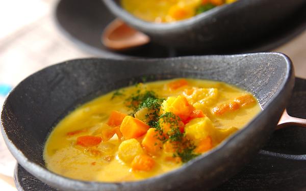 カボチャ本来の甘みがたまらない、風邪予防になる「あったかスープ」