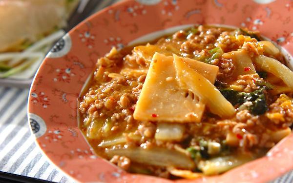 豆板醤のピリッとした辛さがたまらない、やみつきになる「マーボー白菜」