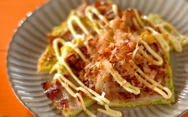 少ない材料で主菜に! 何度も味わいたくなる簡単「キャベツ焼き」