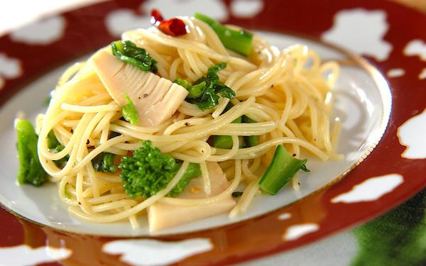 春爛漫! シンプルな味わいで食べやすい「タケノコと菜の花のパスタ」