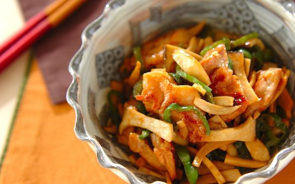 定期的に食べたくなる一皿、豊かな風味を堪能できる「エリンギと鶏肉のみそ炒め」