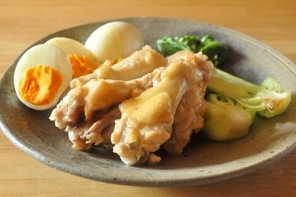鶏手羽元と卵の梅酢煮