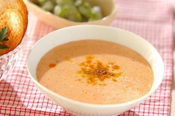 焼きパプリカのスープ