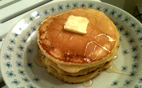 小麦粉 で パン ケーキ