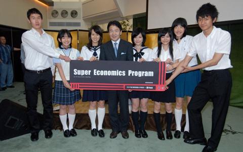 ミス日本選出、才色兼備の慶大生が語る英語と仕事