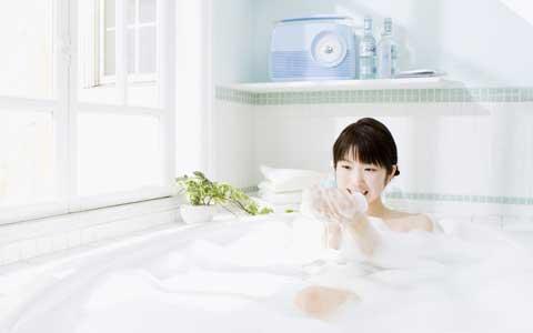 ネガティブエネルギーは洗い流せる! 自宅でできる5つのカンタン「開運湯」