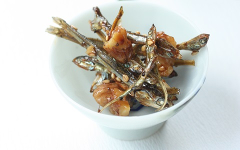 簡単おせちレシピ ~食べる煮干しのくるみはちみつ田作り