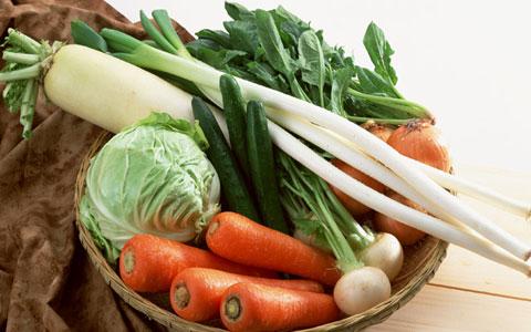野菜ジュースの効果を専門家に聞く。健康に効果ありのとり方