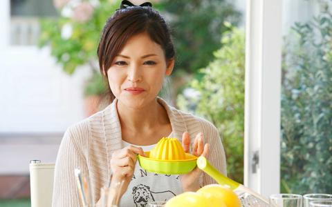 美容通のモデルも注目! 美容効果たっぷりのグレープフルーツを生で食べるオススメレシピとは