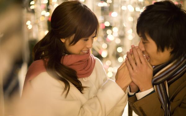 恋を引き寄せてくれるかも!? ハッピーが次々と訪れるロマンチックな香水とは