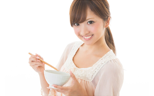 子供の頃から身近なあの食べ物を摂るだけで、 いつまでも若々しい美肌と身体をキープ!