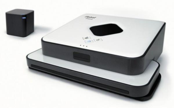 床拭きロボット「ブラーバ380j」がついに店頭に登場。「ルンバ」に続き、人気が出る予感