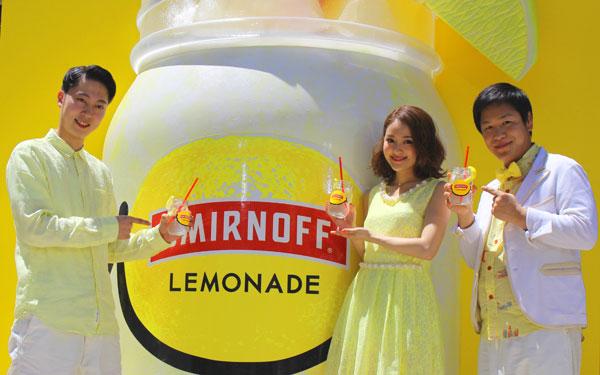 話題のジャムジャーで飲む! 新定番カクテル「スミノフ(R)レモネード」のオープンテラスが渋谷に登場