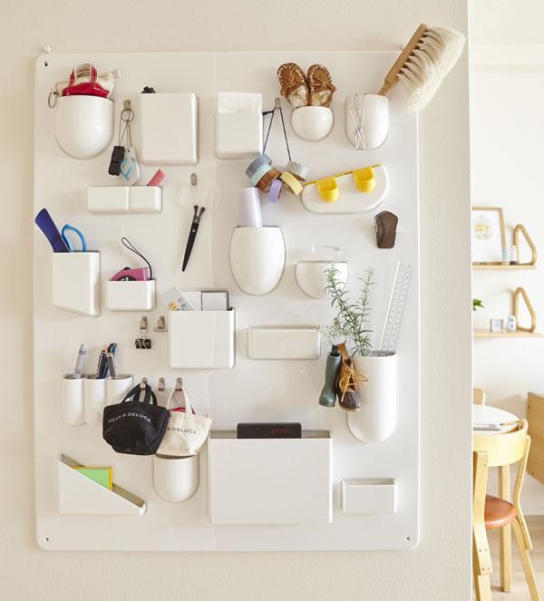 日用品が美しく収納できる、壁面収納アイテム「ウーテンシロ」
