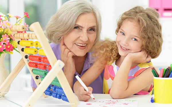 子育て世代と祖父母の絆を調査! その実態とは