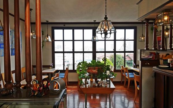 42年間、愛され続ける絶景カフェ #横浜 #喫茶エレーナ