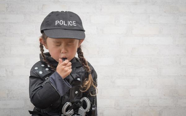 子どものお留守番は小学生からが多数派 事故や犯罪の危険は実際あるの?