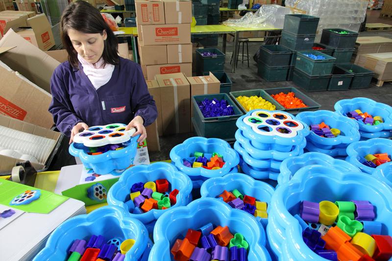 ▲イタリアの教育玩具メーカー、ケルチェッティ社であそび道具が作られている様子