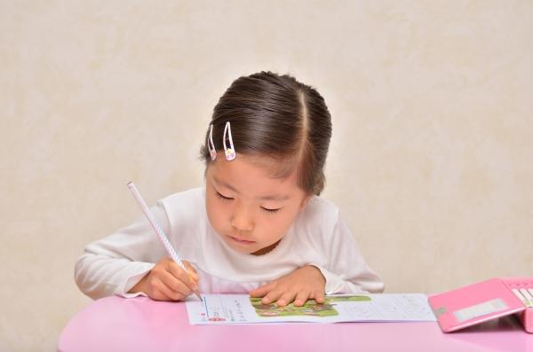 10分でも集中できればOK? 4月からスタートしたい子どもの学習習慣