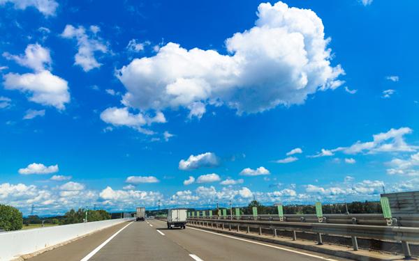 帰省ラッシュで怖い思いをした! 高速道路の最高速度制限の引き上げどう思う?