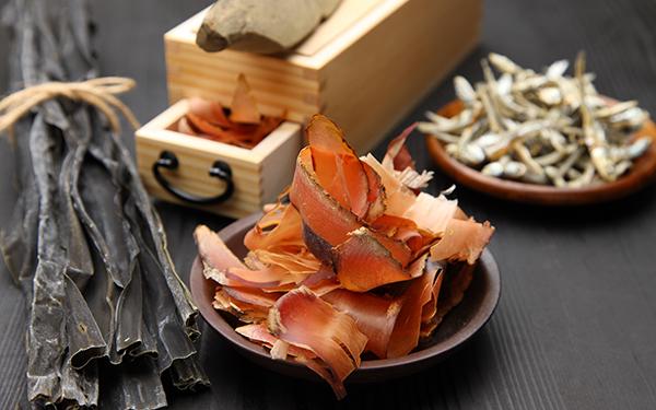 寝ている間にできちゃう和食のキホン。ママたちが実践する「出汁 ...