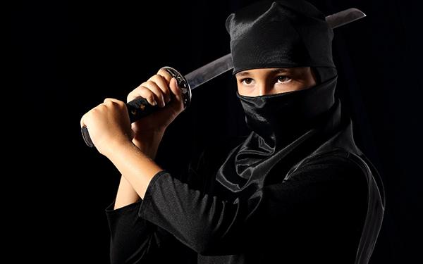 忍者になりたい! 忍たま乱太郎気分で楽しむ手裏剣とからくり屋敷