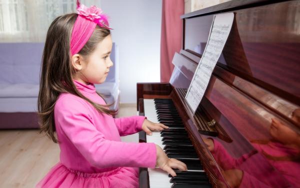 習い事の数にも格差が!? 今80%以上の子どもが習い事をしている【パパママの本音調査】  Vol.190