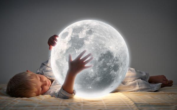 子どもの「理想的な睡眠時間」は〇時間! 寝ない子どもを寝かせるには?