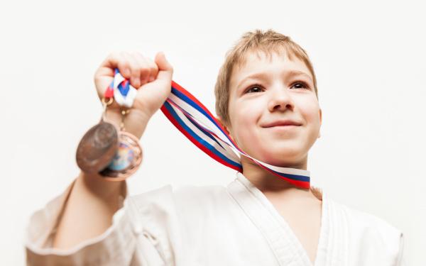 オリンピックのメダルがスマホで作られる!? 東京オリンピックに「スマホ」で参加しよう