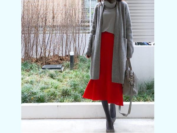 ユニクロ「キレイ色スカート」で印象が変わる! 視線集める華やかコーデ術【ユニクロ大人コーデ~アメブロ30代ファッション1位 Hanaさん ~ Vol.19】