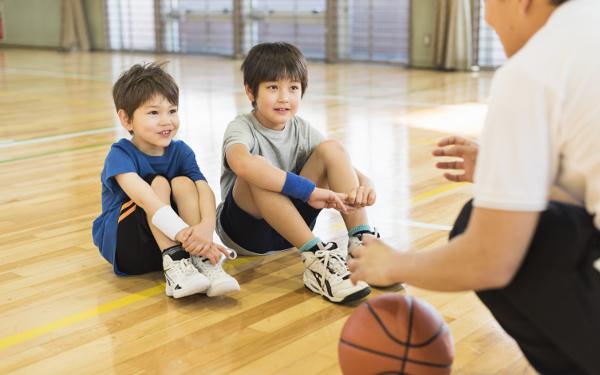 """親はツライよ…PTAだけじゃない""""ボランティア""""が支える小学生「地域スポーツの世界」"""