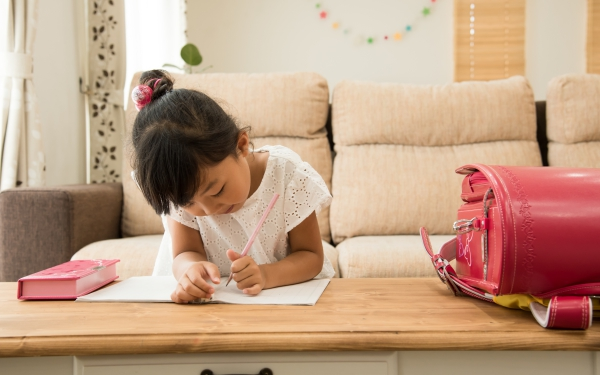 今の子どもは家庭学習が当たり前!? いっぽう我が家は…【パパママの本音調査】  Vol.266