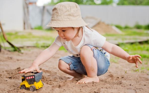 子どもの泥遊びに抵抗がある親はどれぐらいいる?【パパママの本音調査】  Vol.276