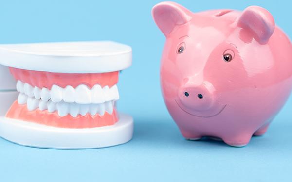 高額な上に負担の大きい歯列矯正 後悔しないためには?
