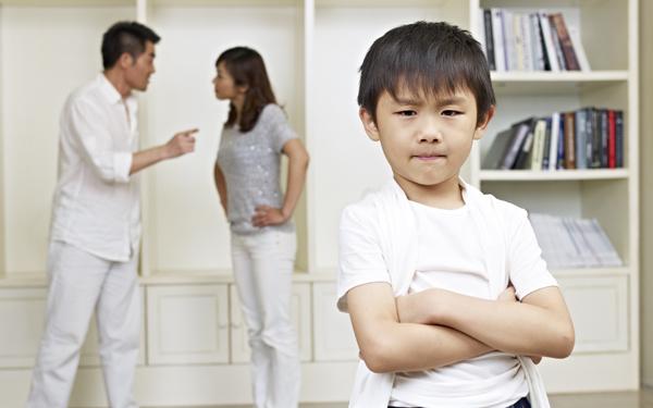 子どもの前で夫婦喧嘩したことあるのは6割。子どもに出てしまった影響は【パパママの本音調査】  Vol.308