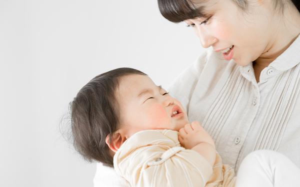 「母親のくせに!」泣き止まない赤ちゃんに焦るママを苦しめるもの