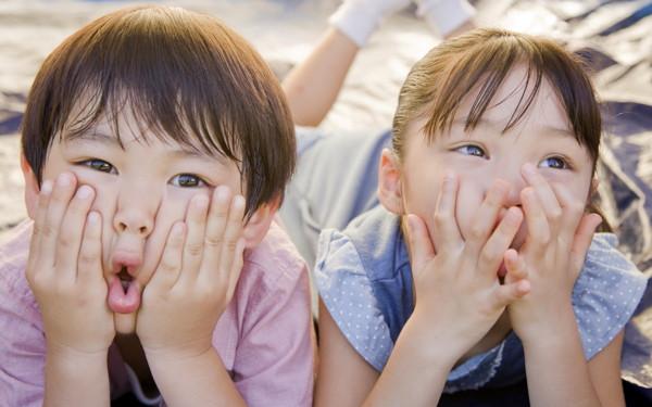 「男の子はママ似、女の子はパパ似」遺伝子レベルの理由があった