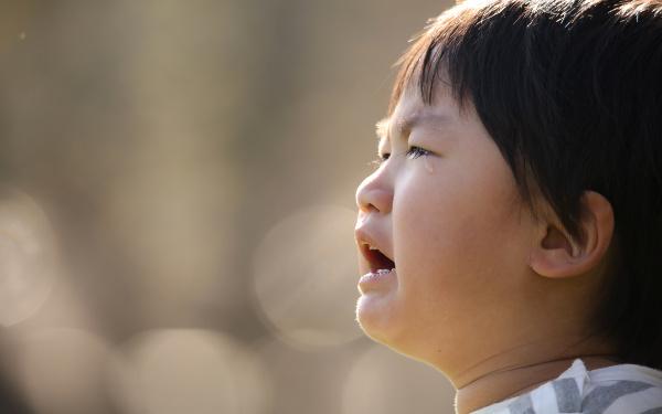 登園でぐずる、泣く、すがる…「ママいかないで!」働く罪悪感と向き合う4つの心構え