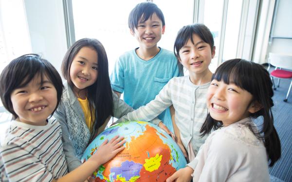 英語できない親でも、グローバル時代を生き抜く力を育てられる!